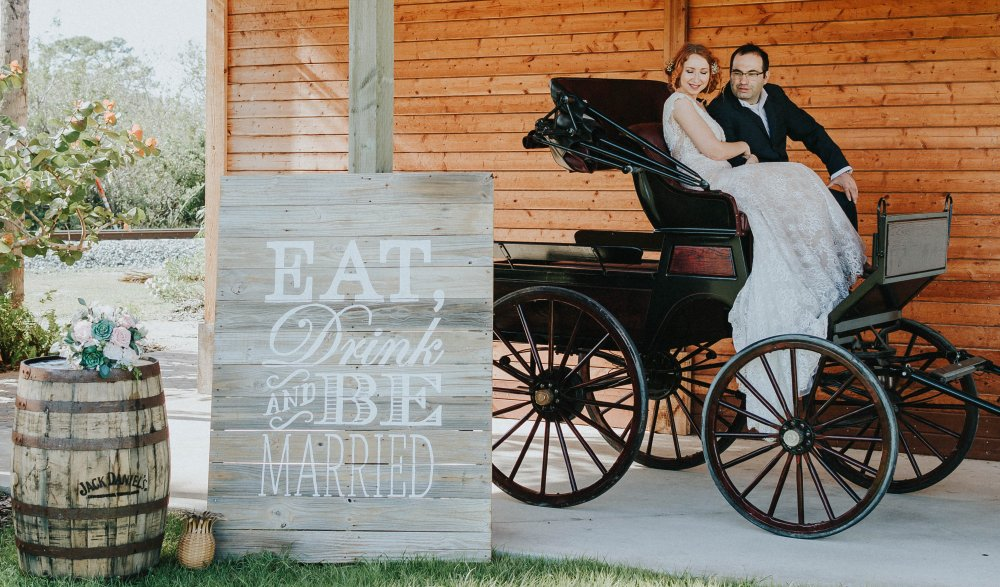 View More: http://meadowslanephotographers.pass.us/grantstationstyledshoot1